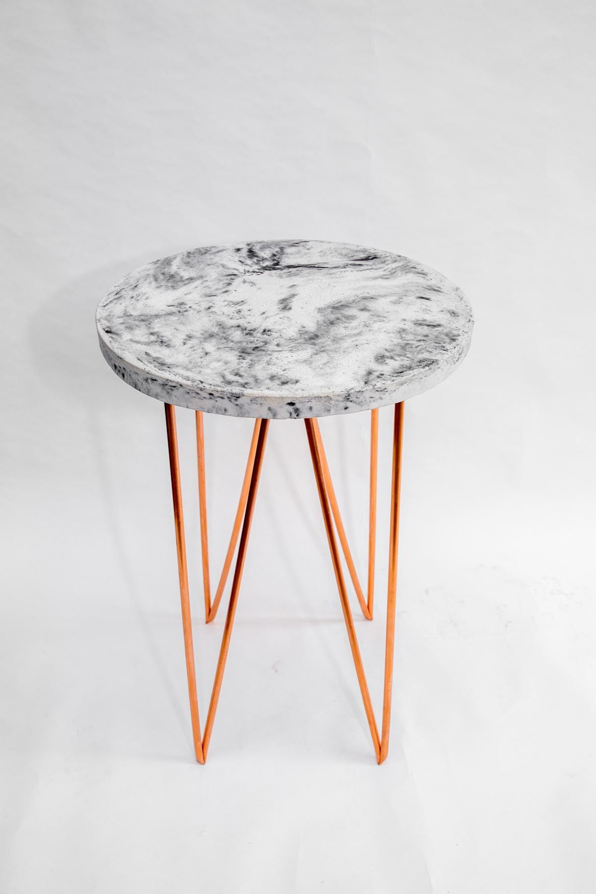 Circle triangles concrete and copper a side table for Table y copper